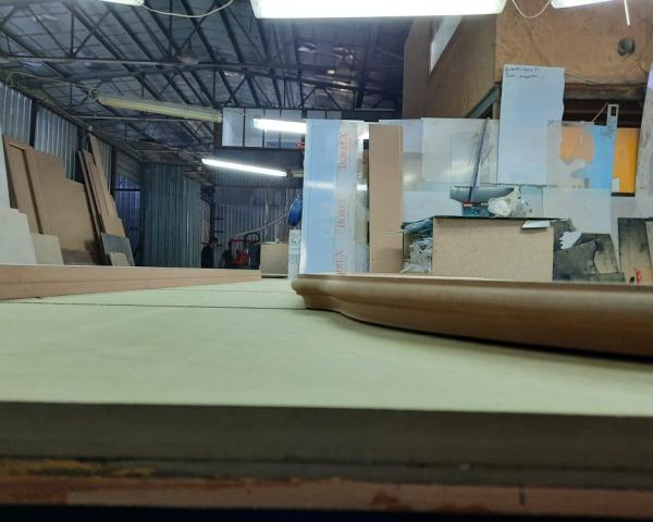 Фрезеровка мебельных деталей ( Мдф-40мм,торцевая обработка) в компании Вектор Идей